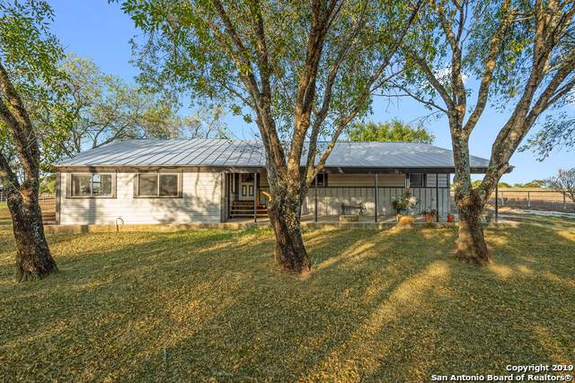 604 Fm 2579, Floresville, TX 78114 (MLS #1418489) :: Alexis Weigand Real Estate Group