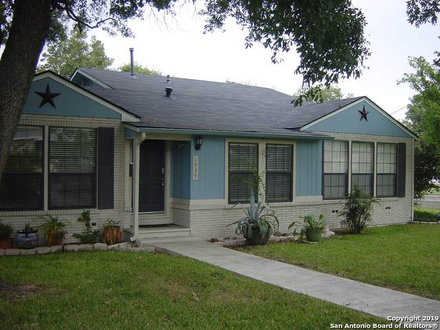 1939 E Lawndale Dr, San Antonio, TX 78209 (MLS #1418785) :: Alexis Weigand Real Estate Group