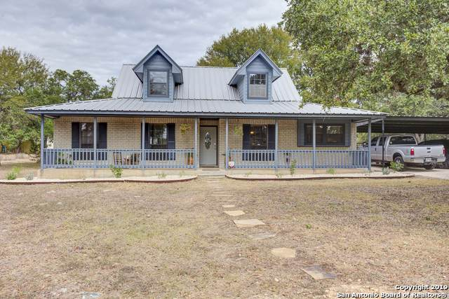 2909 Rolling Oaks Dr, New Braunfels, TX 78132 (MLS #1418788) :: Berkshire Hathaway HomeServices Don Johnson, REALTORS®