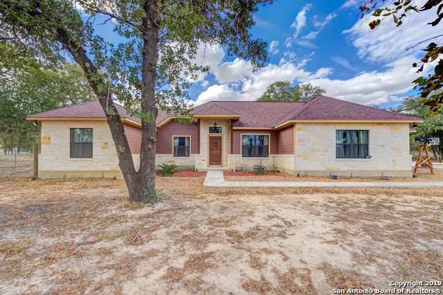 511 Cherry Rdg, Floresville, TX 78114 (MLS #1418806) :: Keller Williams City View