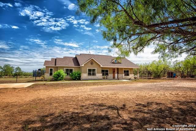 710 County Road 2743, Bigfoot, TX 78005 (MLS #1418826) :: Keller Williams City View