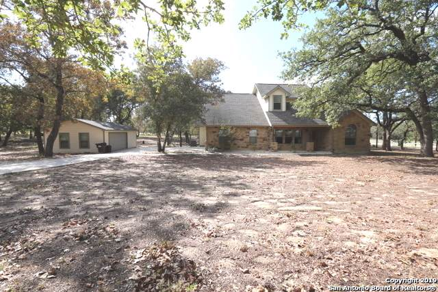 104 Whispering Oaks Dr, Adkins, TX 78101 (#1418871) :: The Perry Henderson Group at Berkshire Hathaway Texas Realty