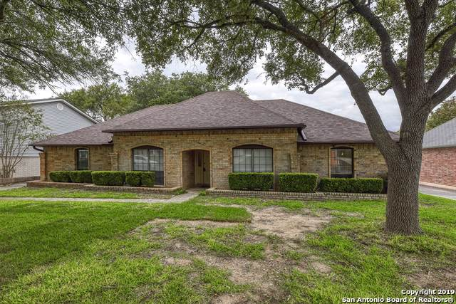 3405 Foxbriar Ln, Schertz, TX 78108 (#1418872) :: The Perry Henderson Group at Berkshire Hathaway Texas Realty