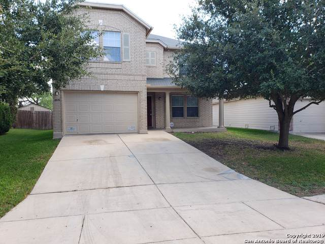 8810 Kestrel Oak, Converse, TX 78109 (#1418874) :: The Perry Henderson Group at Berkshire Hathaway Texas Realty