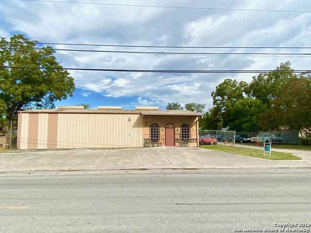 5447 Seguin Rd, Kirby, TX 78219 (MLS #1419125) :: Carolina Garcia Real Estate Group