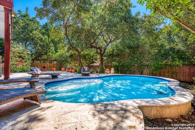 18415 Crosstimber, San Antonio, TX 78258 (#1419158) :: The Perry Henderson Group at Berkshire Hathaway Texas Realty