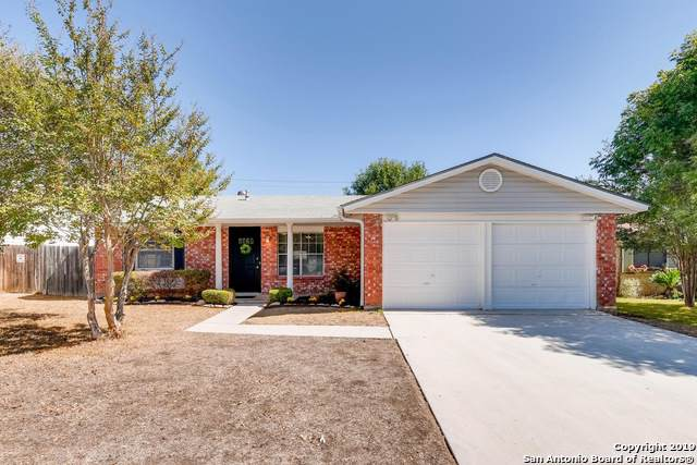 7619 Pipers Swan St, San Antonio, TX 78251 (#1419255) :: The Perry Henderson Group at Berkshire Hathaway Texas Realty