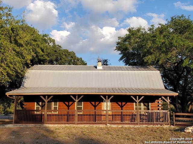 2755 Schuettig Rd, Poteet, TX 78065 (MLS #1419263) :: Vivid Realty
