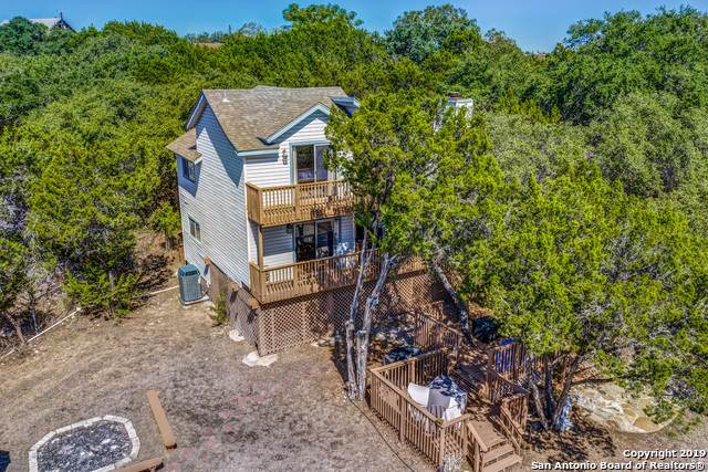 134 Edge Hill Dr, Canyon Lake, TX 78133 (MLS #1419343) :: Glover Homes & Land Group