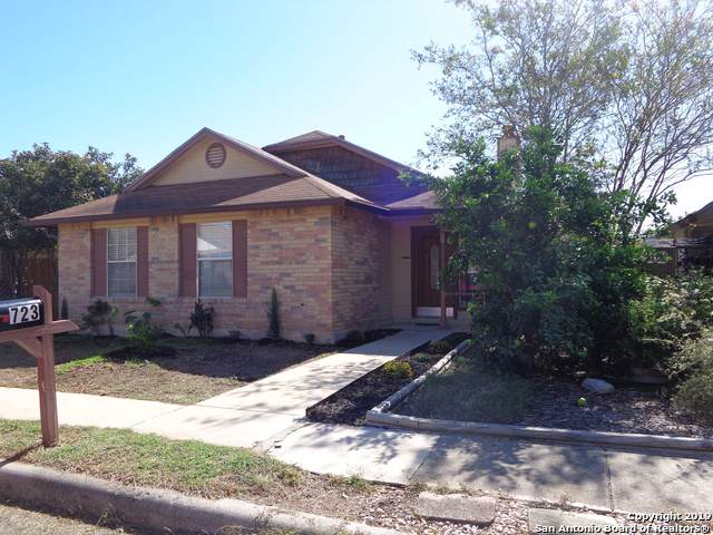 723 Garden Meadow Dr, Universal City, TX 78148 (MLS #1419415) :: Alexis Weigand Real Estate Group