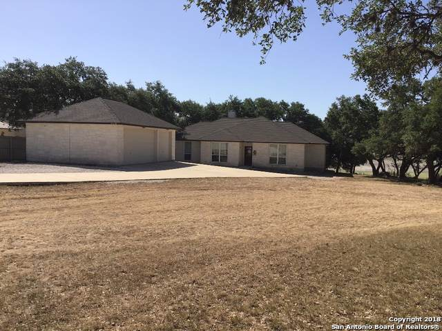 445 Private Rd1524, Bandera, TX 78003 (#1419539) :: The Perry Henderson Group at Berkshire Hathaway Texas Realty