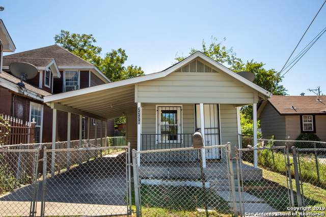 2720 Chihuahua St, San Antonio, TX 78207 (MLS #1419923) :: Alexis Weigand Real Estate Group