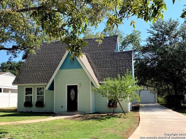 601 N Heideke St, Seguin, TX 78155 (MLS #1419935) :: EXP Realty
