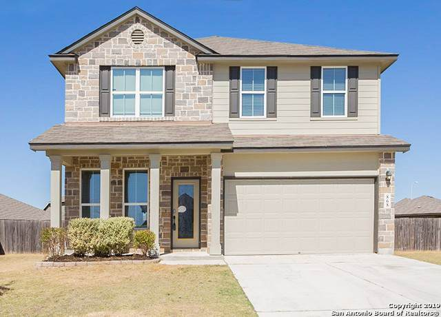 868 Foxfire Dr, New Braunfels, TX 78130 (#1420016) :: The Perry Henderson Group at Berkshire Hathaway Texas Realty