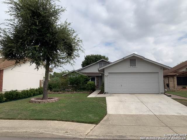7915 Flower Trail, San Antonio, TX 78244 (#1420056) :: The Perry Henderson Group at Berkshire Hathaway Texas Realty