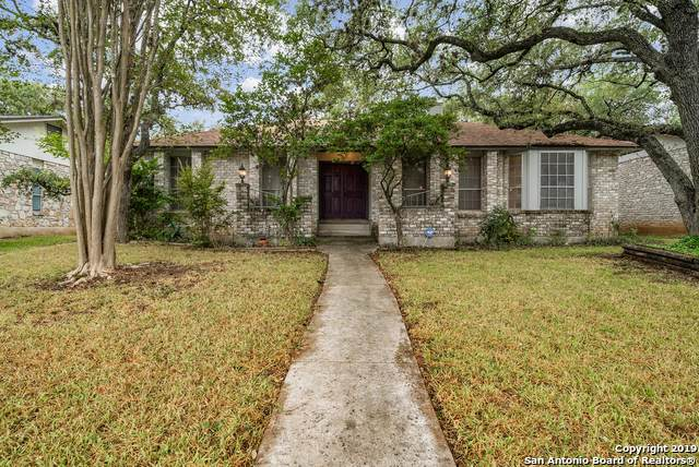 13627 Stoney Hill, San Antonio, TX 78231 (MLS #1420138) :: Berkshire Hathaway HomeServices Don Johnson, REALTORS®