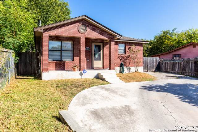 4931 Blessing St, San Antonio, TX 78228 (#1420202) :: The Perry Henderson Group at Berkshire Hathaway Texas Realty