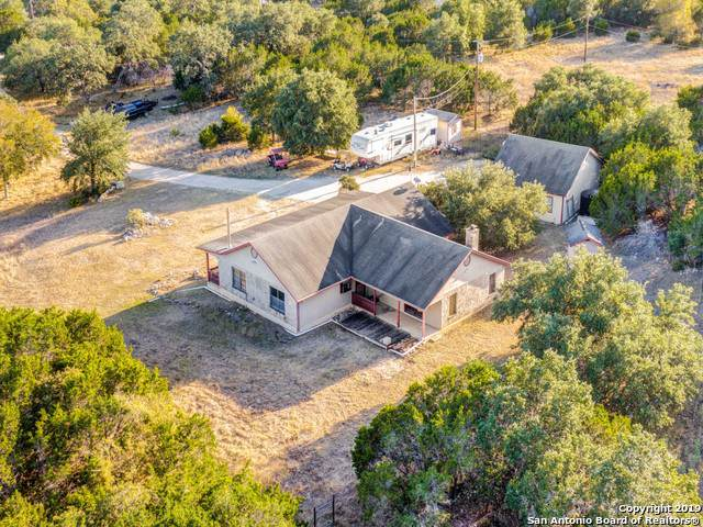 141 Hunters View Circle, Boerne, TX 78006 (MLS #1420262) :: NewHomePrograms.com LLC