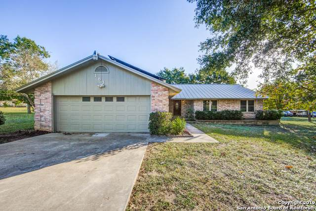 183 Alexander Dr, Seguin, TX 78155 (MLS #1420398) :: Alexis Weigand Real Estate Group