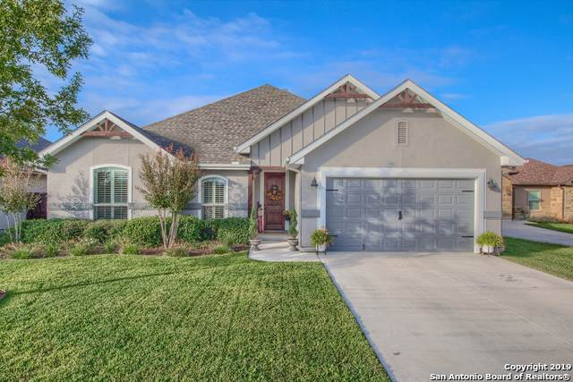 121 N Elise Dr, La Vernia, TX 78121 (#1420467) :: The Perry Henderson Group at Berkshire Hathaway Texas Realty
