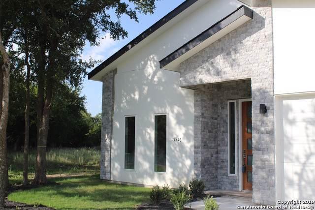 15316 Rhodius Ln, Selma, TX 78154 (#1420492) :: The Perry Henderson Group at Berkshire Hathaway Texas Realty