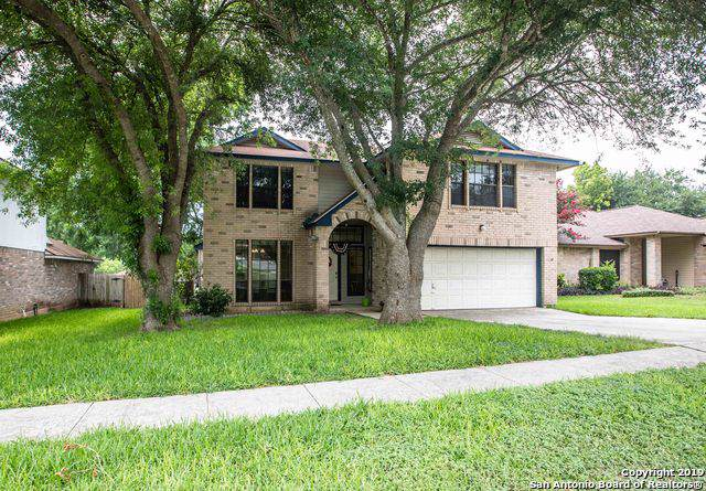 7700 Forest Moon, Live Oak, TX 78233 (#1420508) :: The Perry Henderson Group at Berkshire Hathaway Texas Realty