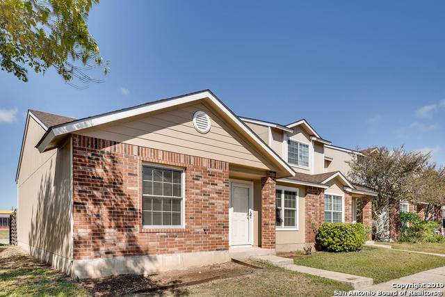 9140 Timber Path #901, San Antonio, TX 78250 (#1420576) :: The Perry Henderson Group at Berkshire Hathaway Texas Realty