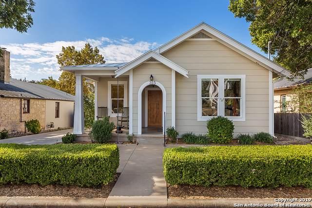 315 W San Antonio St, Fredericksburg, TX 78624 (MLS #1420661) :: BHGRE HomeCity