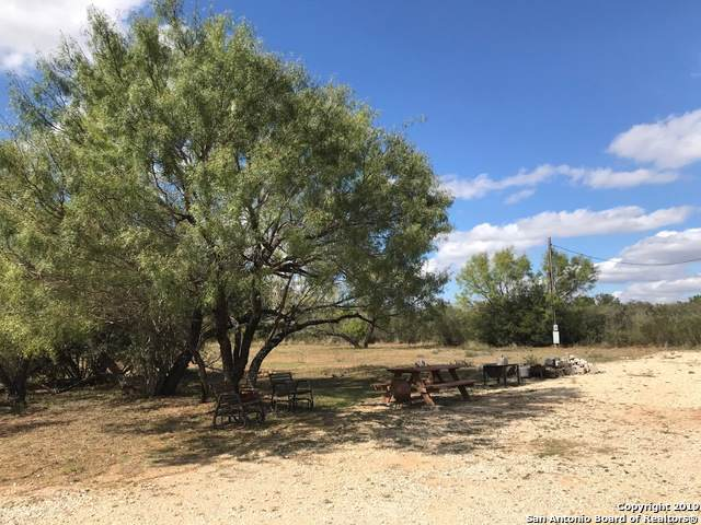 569 County Road 7421, Yancey, TX 78886 (MLS #1420918) :: Glover Homes & Land Group