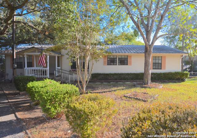 1237 Montview St, Canyon Lake, TX 78133 (MLS #1420944) :: Alexis Weigand Real Estate Group