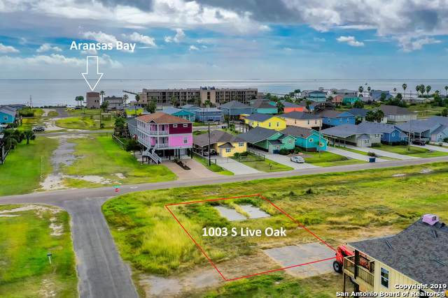 1003 S Live Oak St, Rockport, TX 78358 (MLS #1420993) :: Carolina Garcia Real Estate Group