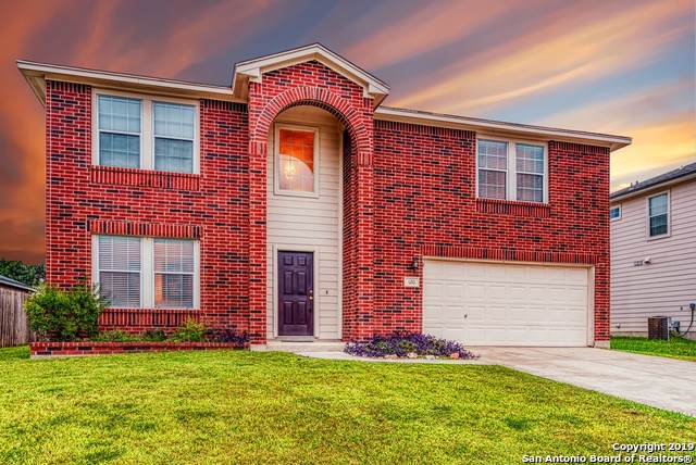 120 Dew Fall Trail, Cibolo, TX 78108 (#1421147) :: The Perry Henderson Group at Berkshire Hathaway Texas Realty