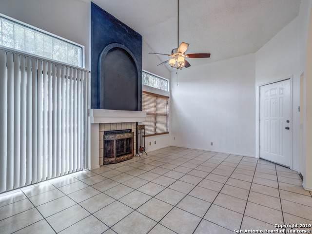 10219 Barron Field, San Antonio, TX 78245 (#1421249) :: The Perry Henderson Group at Berkshire Hathaway Texas Realty