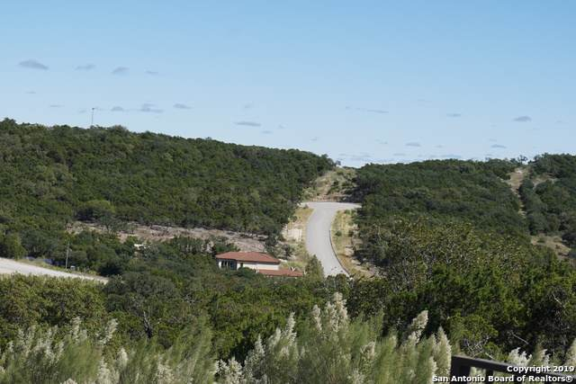 LOT 13 White Doe Pass, San Antonio, TX 78255 (#1421257) :: The Perry Henderson Group at Berkshire Hathaway Texas Realty