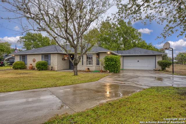 4160 State Highway 173 N, Bandera, TX 78003 (MLS #1421260) :: Alexis Weigand Real Estate Group