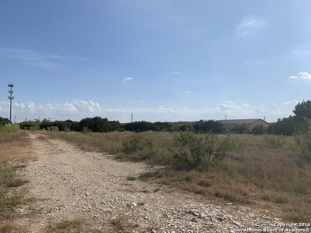 15329 Bell Ln, Selma, TX 78154 (MLS #1421348) :: Carolina Garcia Real Estate Group