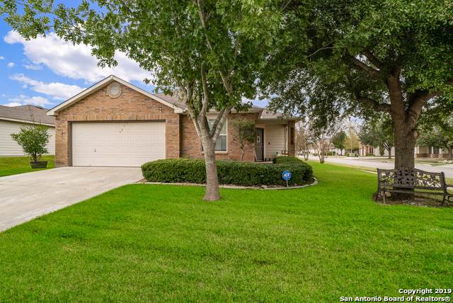 121 Wind Willow, Cibolo, TX 78108 (#1421371) :: The Perry Henderson Group at Berkshire Hathaway Texas Realty