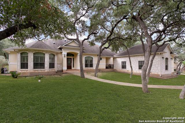 22117 Senna Hills Dr, Garden Ridge, TX 78266 (#1421443) :: The Perry Henderson Group at Berkshire Hathaway Texas Realty