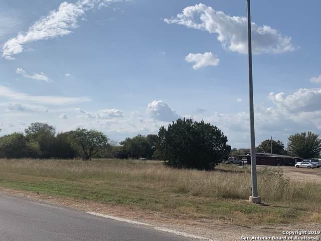 15310 Bell Ln, Selma, TX 78154 (MLS #1421507) :: The Gradiz Group