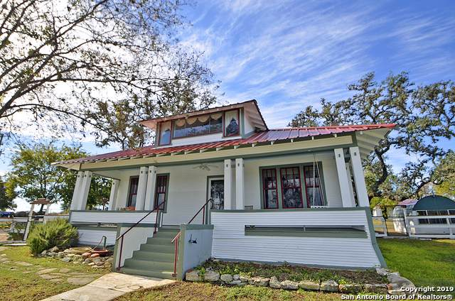 102 W Main Street, Waring, TX 78074 (MLS #1421652) :: BHGRE HomeCity