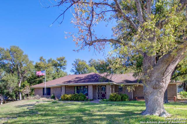 3301 W Scenic Loop, Marble Falls, TX 78654 (MLS #1421740) :: Alexis Weigand Real Estate Group
