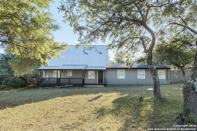 111 Burr Oak Ln, Canyon Lake, TX 78133 (MLS #1421887) :: Vivid Realty