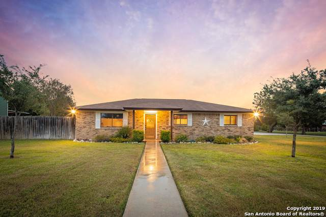 175 Timber Ln, New Braunfels, TX 78130 (MLS #1421889) :: Alexis Weigand Real Estate Group
