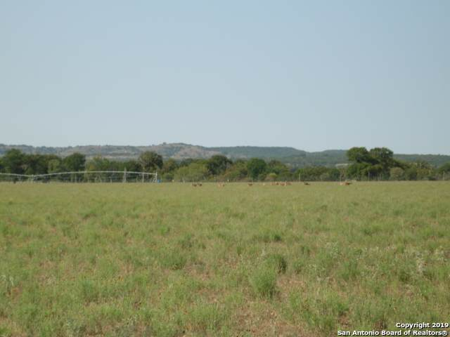 6460 Highway 27, Center Point, TX 78010 (MLS #1422035) :: Carolina Garcia Real Estate Group