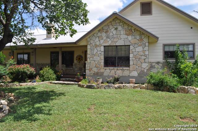 2811 Forest Trail Dr, Bandera, TX 78003 (MLS #1422072) :: Legend Realty Group
