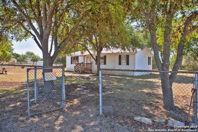248 Big Meadows Dr, Bandera, TX 78003 (MLS #1422086) :: Alexis Weigand Real Estate Group