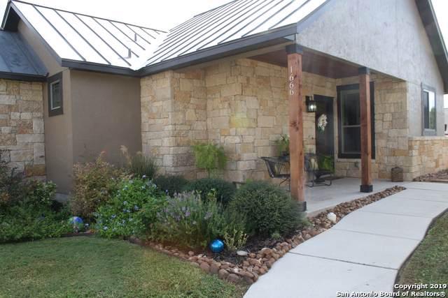 1666 Gruene Vineyard Crossing, New Braunfels, TX 78130 (MLS #1422166) :: Alexis Weigand Real Estate Group