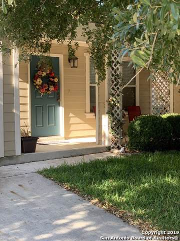142 Hampton Bend, Boerne, TX 78006 (#1422208) :: The Perry Henderson Group at Berkshire Hathaway Texas Realty