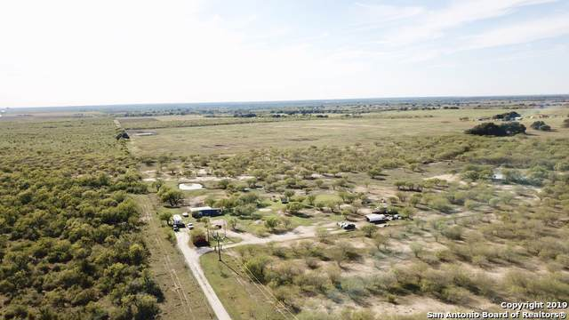 215 Gentle Breeze, Floresville, TX 78114 (MLS #1422222) :: Alexis Weigand Real Estate Group