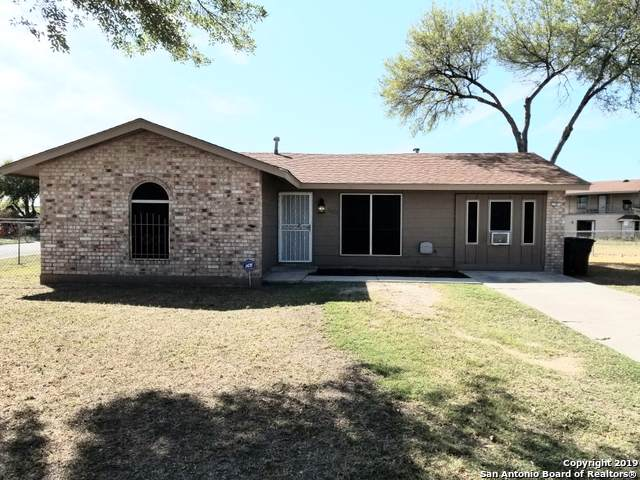7423 Snow Valley St, San Antonio, TX 78242 (#1422257) :: The Perry Henderson Group at Berkshire Hathaway Texas Realty